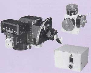 Three-Axis Coarse/Fine Motor Drive Micromanipulator