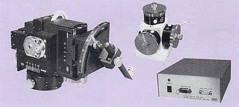 Three-Axis Fine/Coarse Piezo/DC Motor-drive Micromanipulator