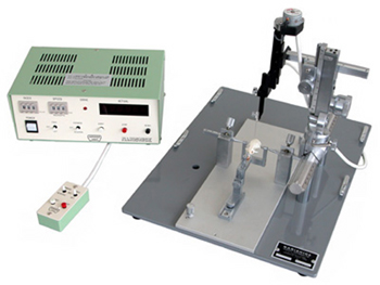 Single-axis Motorized Micromanipulator, primarily used in combination with a stereotaxic micromanipulator