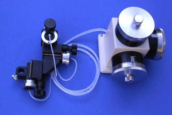 Three-Axis Water Hydraulic Micromanipulator